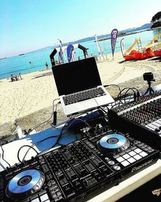 Sun, sand, and great music! Help keep summer alive by sharing your best summer photos using Picture shared by Math Wallpaper, Electric Music, Dance Music, Rock Music, Dj Logo, Dj Setup, Mp3 Music Downloads, Pioneer Dj, Dj Gear