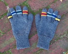 Free+Knitting+Pattern+-+Adult+Gloves+&+Mittens:+House+Gloves