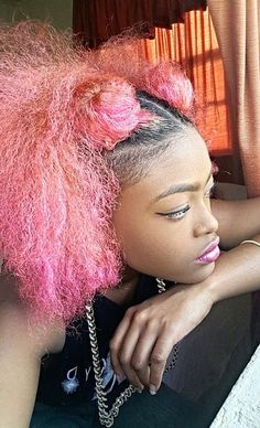 black girl with colorful hair | pink hair | afro hair | hairstyle inspiration