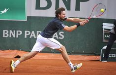 Gulbis hasn't struggled to put an end to Stepanek's campaign - with 44 winners to Stepanek's 21, the Latvian is heading towards his place in the fourth round.