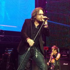 Kip Winger....still hot after all these years!