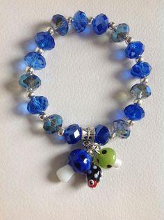pulsera en muranos checos y dijes en muranos italianos diseño de color beads.