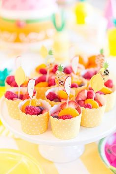 Cute Fruit Cups for Two-tti Fruity Second Birthday Party! Sunshine Birthday Parties, Fruit Birthday, Girl 2nd Birthday, 2nd Birthday Parties, Birthday Table, Birthday Ideas, Fruit Party, Party Snacks, Fruit Snacks