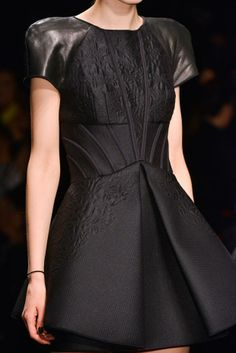 byblos-details-autumn-fall-winter-2014-mfw