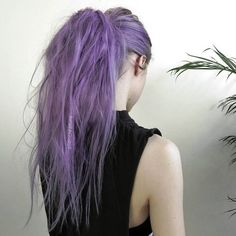 Dye your hair simple & easy to bright purple hair color - temporarily use vivid purple hair dye to achieve brilliant results! DIY your hair imperial purple with hair chalk Pelo Multicolor, Coloured Hair, Dye My Hair, Mermaid Hair, Ombre Hair, Hair Dos, Gorgeous Hair, Pretty Hairstyles, Scene Hairstyles