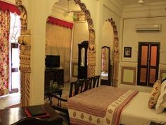 "This Haveli is still inhabited by the royal Family. The rooms maintain their old day charm #bed #India ""RoyalRaj 