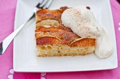 Omenapiirakka – Hellapoliisi Delicious Desserts, Yummy Food, Good Bakery, Salty Foods, Sweet Pie, Sugar Rush, Sweet And Salty, Apple Pie, Banana Bread