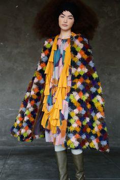 ミナ ペルホネン 2015-16年秋冬コレクション - ブランド創立20年、新たな視点で服作りに迫る | ニュース - ファッションプレス