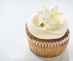 The Caramel Popcorn cupcake features a rich caramel flavor and crunchy popcorn topping that will take you straight to the county fair.