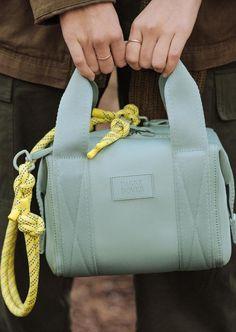 leather purses and handbags Unique Handbags, Popular Handbags, Unique Purses, Cheap Handbags, Tote Handbags, Purses And Handbags, Small Purses, Luxury Handbags, Hermes Handbags