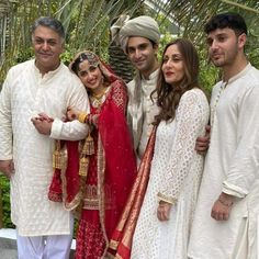 """Picture perfect """" The Mirs """"😍 family picture of Ahad Raza Mir and Sajal Aly right after Nikah MashaAllah ❤ Sajal Ali Wedding, Sajjal Ali, Wedding Girl, Pakistani Bridal Dresses, Pakistani Actress, Pakistani Dramas, Best Couple, Celebrity Couples, Beautiful Celebrities"""