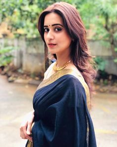 So Beautiful Shivani Surve Beautiful Girl Image, Beautiful Models, Beautiful Celebrities, Beautiful Actresses, Beautiful Outfits, Beautiful Saree, Beautiful Indian Actress, Kajal Agarwal Saree, Shivani Surve