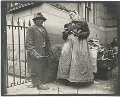 Man Selling Pretzels - 33 Everyday Street Scenes From Late 1800s New York City