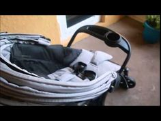 Combi Shuttle Travel System Stroller Featurette