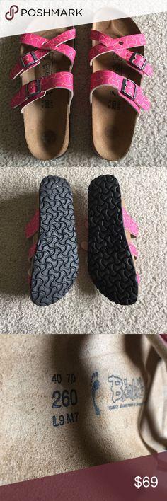 Birkenstock sandals Orange and pink Birkenstock birkis. Size 40 but in Birkenstocks that is a size 9. Like new nothing wrong, besides sticker marks on heel, unoticable when wearing. Birkenstock Shoes Sandals