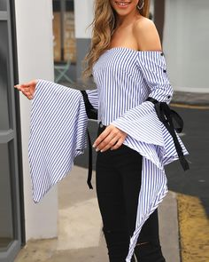 Striped Off Shoulder Ruffles Bowknot Top Trend Fashion, Crop Top Outfits, Womens Fashion Online, Facon, Blouse Styles, Casual Tops, Fashion Dresses, Clothes For Women, Jeans