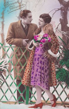 20s French postcard Romantic couple paper by OldeTymeNotions