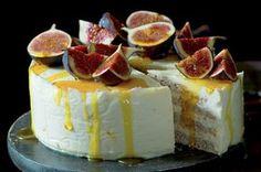 Mandlový pusinkový dort s medovým mascarpone Celebration Cakes, Cake Recipes, Cheesecake, Gluten Free, Baking, Eastern Europe, Sweet Stuff, Mascarpone, Shower Cakes