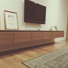 Lounge,ポスター,テレビ台,テレビボード,ウスネオイデス,シンプル kikuuuの部屋