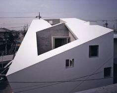 Maison japonaise : un modle en question - Darchitecture Beautiful Space, Architecture, Outdoor Gear, Facade, Tent, Minimalist, Places, Homes, Japanese House