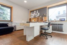 A Modern Office in Poland with Modular Elements Made of Plywood , http://www.interiordesign-world.com/a-modern-office-in-poland-with-modular-elements-made-of-plywood/