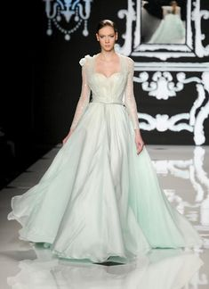 You can see more of Abed Mahfouz previous collections here Photo Courtesy of Stile. Beautiful Long Dresses, Beautiful Evening Gowns, Abed Mahfouz, Elie Saab, Jet Set, Karl Lagerfeld, Dream Dress, Couture Fashion, Dress Collection