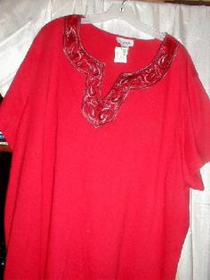 AVENUE RED TOP WITH V  NECK & BLACK SATIN COLLAR NWT