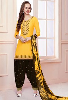 Look stylish and gorgeous with wide range of salwar suits. Order this Salwar Suit Cotton Salwar Kameez, Patiala Suit, Salwar Kameez Online, Churidar, Kurti, Indian Dresses, Indian Outfits, Indian Clothes, Fashion Wear