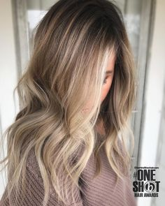 height of balayage Growing Out Short Hair Styles, Curly Hair Styles, Hair Inspo, Hair Inspiration, Balayage Hair, Bayalage, Great Hair, Hair Dos, Gorgeous Hair