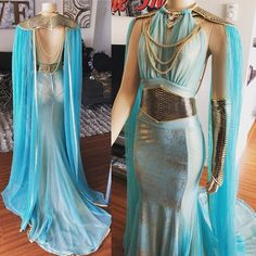 Fantasy gowns - Still think this is an amazing costume and gown! The mother of dragons in a custom blue and gold gown and golden leather accessories Mode Outfits, Dress Outfits, Fashion Dresses, Dress Up, Sea Dress, Stylish Outfits, Pretty Outfits, Pretty Dresses, Beautiful Dresses