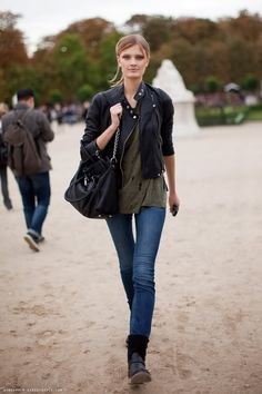 noomi's perfect thin: constance jablonski thin