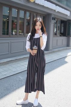 Stripes Pie Jumpsuit Korean Girl Fashion, Korean Fashion Trends, Korean Street Fashion, Ulzzang Fashion, Asian Fashion, Korean Fashion Casual, Korea Fashion, Best Casual Outfits, Girly Outfits