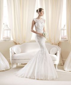 2015 New Arrival Bridal Gowns Lace Scoop Sheath Vestidos Pearls Applique Wedding Dress Tulle crystals pleats Beads Pleated Fold La Sposa Wedding Dresses, Popular Wedding Dresses, Pronovias Wedding Dress, Wedding Dress Train, Luxury Wedding Dress, Wedding Dresses Photos, Bridal Dresses, Lace Wedding, Gown Wedding