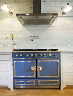 The big focus of the kitchen is the La Cornue 'CornuFe' range in Provence Blue