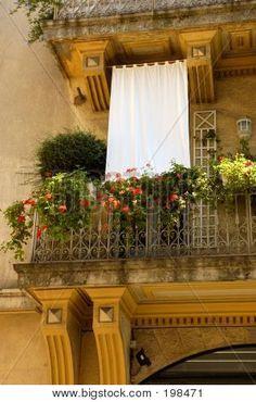 French ♥.•:*´¨`*:•♥ balcony