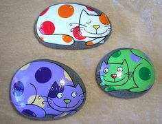 Sea stone, hanpainted cats