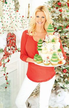 Sandra Lee getting ready for Christmas. Angle Food Cupcakes, Sandra Lee Recipes, Christmas Themes, Holiday Ideas, Bell Sleeve Top, Cute, Tops, Women, Kitchen