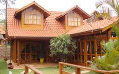 Casas de madeira pré-fabricadas