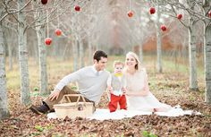 Cute family portrait. Styled family shoot. Photo by: Pasha Belman