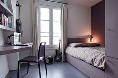Chambre à coucher mauve couleur lilas