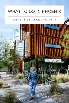 Find fun things to do in Phoenix if you only have one day, including the best Phoenix restaurants, Phoenix shopping, Phoenix museums, Phoenix sports, and hikes near Phoenix. It also includes a map of what to do near Phoenix so you can customize your one day in Phoenix, Arizona itinerary! #funthingstodoinphoenix #whattodonearphoenix #thingstodoinphoenixaz Phoenix Restaurants, Downtown Phoenix, Phoenix Arizona, Emerald City, Usa Travel, Travel Guides, Museums, Great Places, Paths