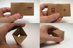 TAM Cargo es líder en el negocio de transporte de carga en Brasil. Transformaron una tarjeta de presentación tradicional en el objeto divertido e inusual, una pequeña caja de transporte de carga aérea.