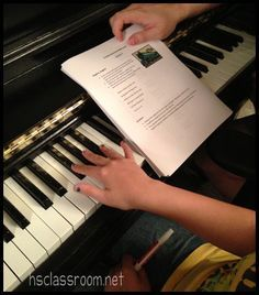 Free piano lessons you can do with your kids at home   hsclassroom.net