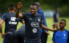 #rumors  Transfer news: Blaise Matuidi considering offers to leave Paris Saint-German amid interest from Chelsea and Manchester United