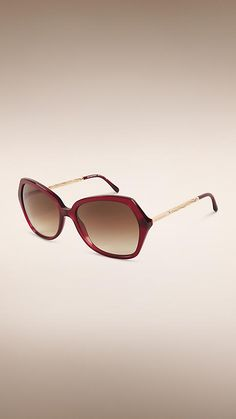 ab6af9acab5 Burberry Oxblood Oversize Square Frame Sunglasses - Oversize square frame  oxblood acetate sunglasses Gold metal twisted