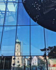 The Kunsthaus was under construction however I found something worth a shot  #reflections #church #kirche #kusthaus #building #austria #graz