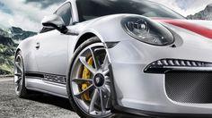 2017 Porsche 911 R – Supercar for Real Enthusiasts