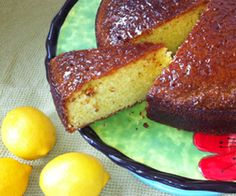 Lemon Drizzle Cake: 250 Kcals Per Slice Lemon Drizzle Cake, Light Recipes, Nice Things, French Toast, Baking, Eat, Breakfast, Food, Products