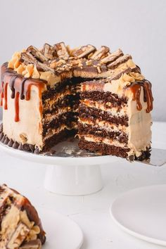 Gourmet Cakes, Food Cakes, Cupcake Cakes, Sweets Cake, Bakery Cakes, Cupcakes, Snickers Torte, Snickers Dessert, Delicious Desserts