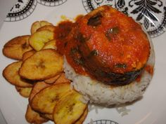 Fried plantain, rice and spicy fish...divine African food it is!